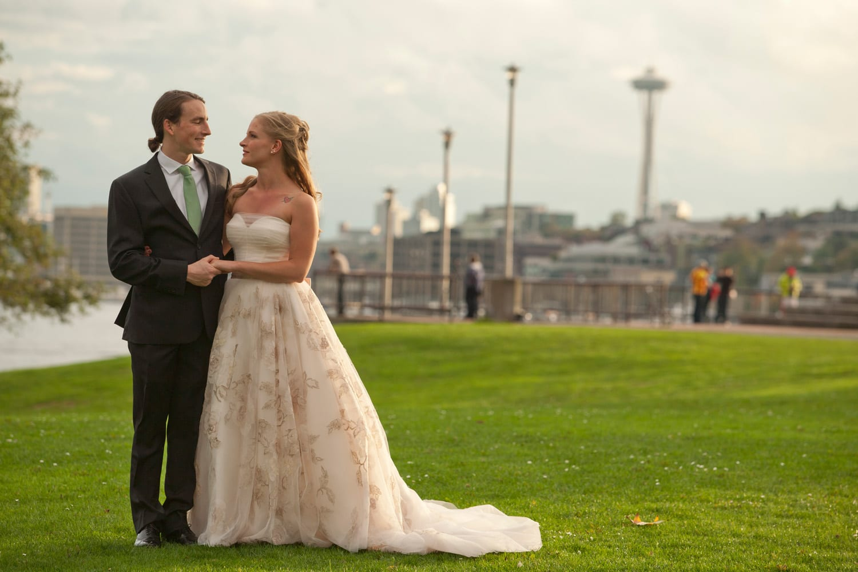 A Beautiful Seattle summer wedding on the MV Skansonia